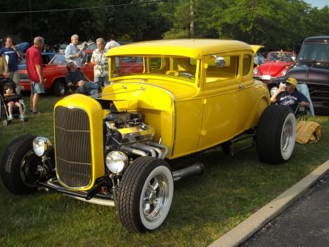 1932 Ford Duece
