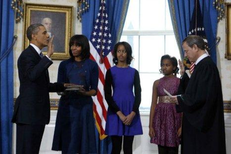 obama-roberts-oath-2013