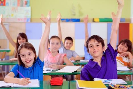 Kids-in-classroom